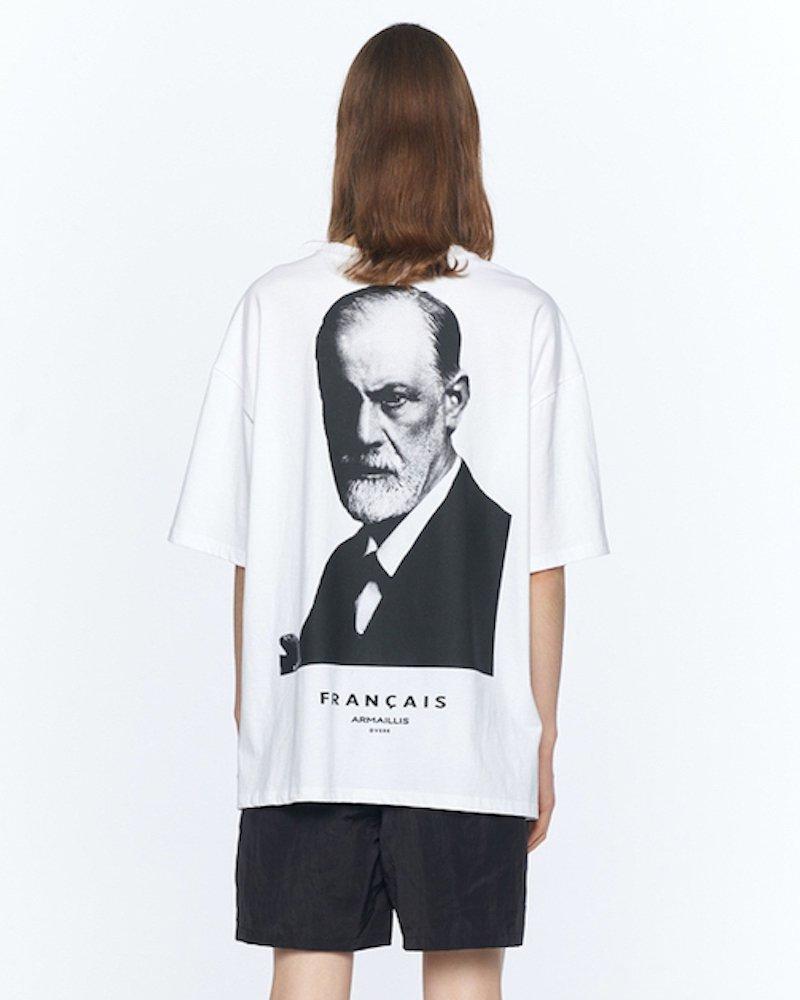 オーバーサイズ&ストリート『Re:one Online Store』「OVERR」ESSAY. FREUD WHITE T-SHIRTS