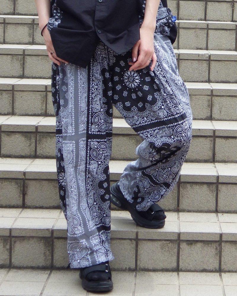 オーバーサイズ&ストリート『Re:one Online Store』「NINE NUTS」Bandana switching black pants
