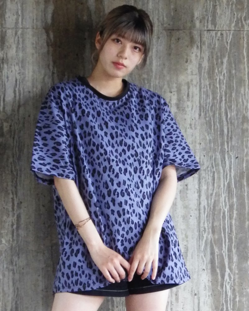 オーバーサイズ&ストリート『Re:one Online Store』「△VE U」Leopard pattern NAVY big T-shirt