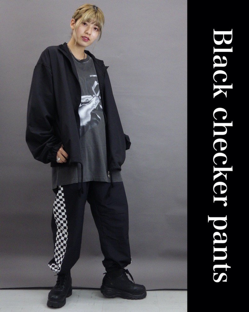 「NINE NUTS」Black checker pants コーデイメージ(2)