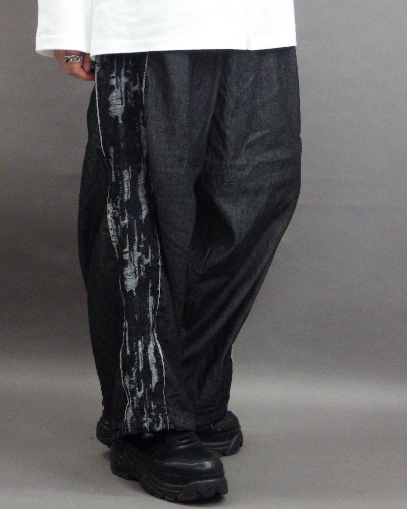 オーバーサイズ&ストリート『Re:one Online Store』「NINE NUTS」Wide side damage line black pants