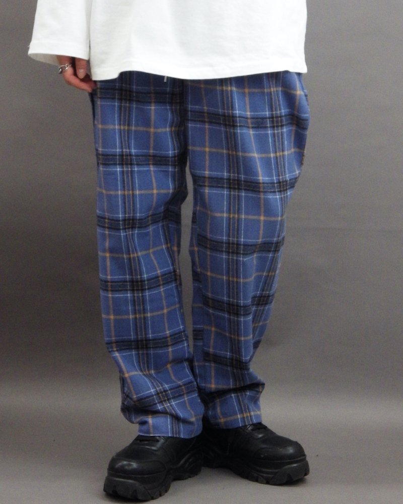 オーバーサイズ&ストリート『Re:one Online Store』「NINE NUTS」Blue check pants
