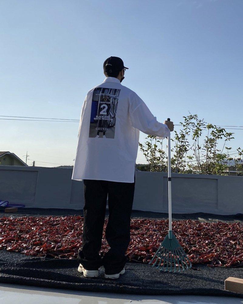 「MAD MAD」Big chapter white shirt コーデイメージ(5)
