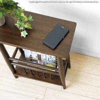 オーク材を使用したマガジンテーブル サイドテーブルとマガジンラックのダブル機能 オーク無垢材 オーク天然木 雑誌やリモコンをしまえて便利 ナチュラルテイスト 北欧テイスト