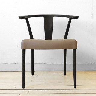 受注生産 国産 日本製 ナラ材 ナラ無垢材 ブラック色 グレー色 アームチェア 肘付椅子 レザー張り ダイニングチェア LECCIO-CHAIR-BK