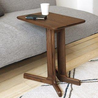 サイドテーブル コーヒーテーブル 個性的なコの字デザイン ウォールナット材 ウォールナット無垢材 レッドオーク材