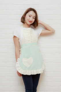 <img class='new_mark_img1' src='https://img.shop-pro.jp/img/new/icons34.gif' style='border:none;display:inline;margin:0px;padding:0px;width:auto;' />【30%OFF】Sugar baby aprons(シュガーベイビーエプロンズ)ヴィンテージダーリン エプロン ミントグリーン【アウトレット】