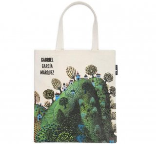 Gabriel García Márquez / One Hundred Years of Solitude Tote Bag