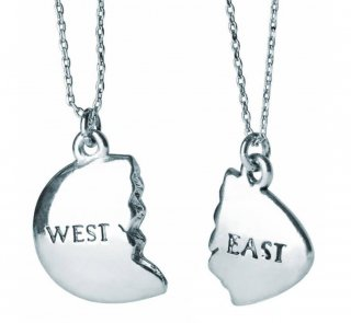 East and West Egg Necklace (The Great Gatsby) (Silver)