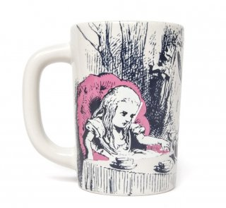 Lewis Carroll / Alice's Adventures in Wonderland Mug<img class='new_mark_img2' src='https://img.shop-pro.jp/img/new/icons57.gif' style='border:none;display:inline;margin:0px;padding:0px;width:auto;' />