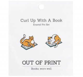 <img class='new_mark_img1' src='https://img.shop-pro.jp/img/new/icons14.gif' style='border:none;display:inline;margin:0px;padding:0px;width:auto;' />Curl Up with a Book Enamel Pin Set