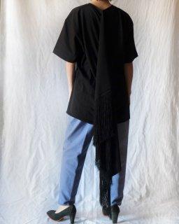 Hillier Bartley:Scarf T-Shirt