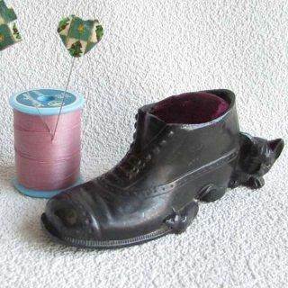 猫とネズミと靴のピンクッション