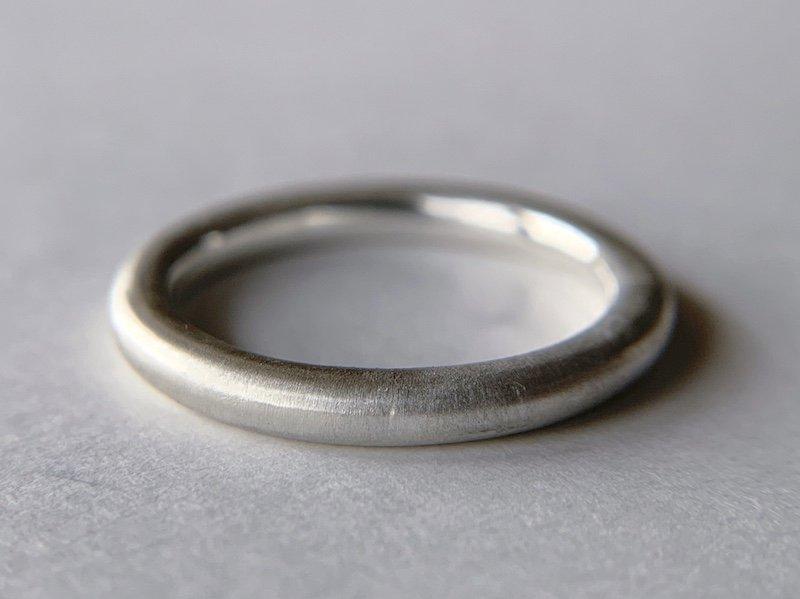 (新)銀の丸線の指輪 / 2.5mm
