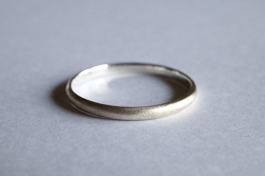 銀の丸い指輪 / 1.8mm
