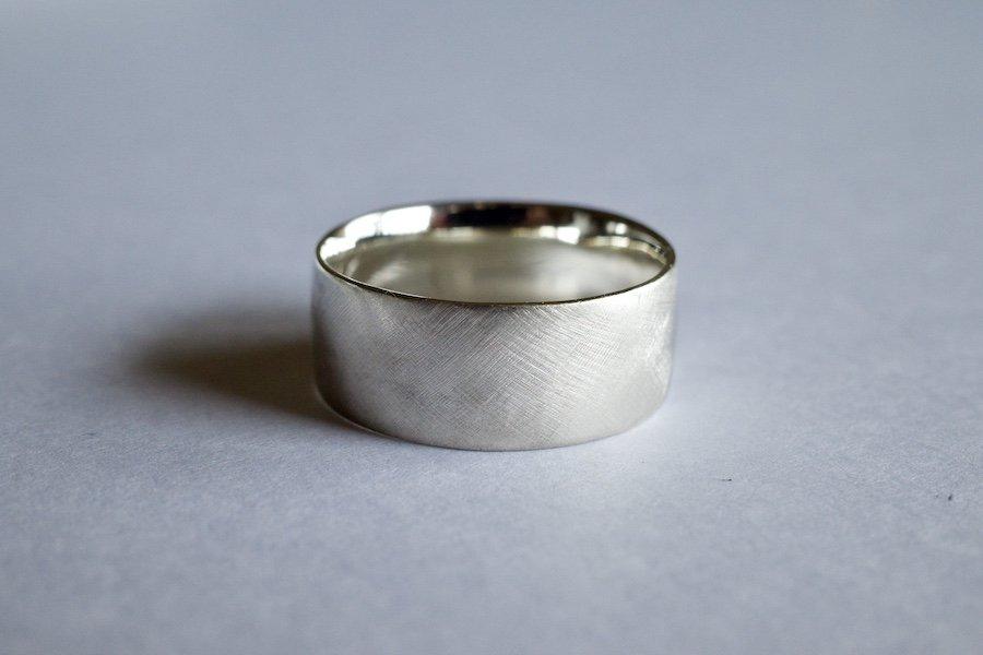 銀の四角い指輪 / 7.0mm