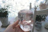 マダガスカル産クリアカルサイト・ポリッシュ(淡くピンク)622g