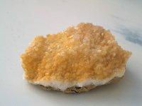 ユタ州産アラゴナイト原石 247g