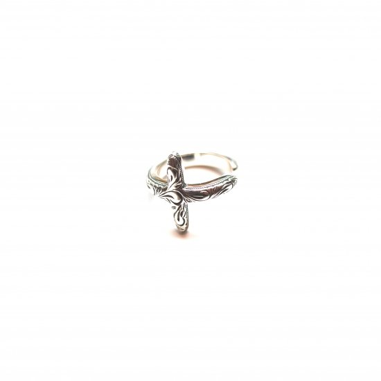 ANTIDOTE BUYERS CLUB / ENGRAVED CROSS RING