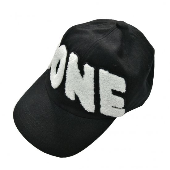 WE11DONE / EMBROIDERED LOGO PATCH CAP