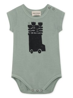 <img class='new_mark_img1' src='https://img.shop-pro.jp/img/new/icons20.gif' style='border:none;display:inline;margin:0px;padding:0px;width:auto;' />BOBO CHOSES / Flowers Bus Short Sleeve Body
