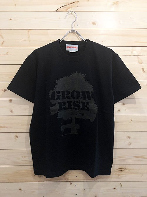 <img class='new_mark_img1' src='https://img.shop-pro.jp/img/new/icons5.gif' style='border:none;display:inline;margin:0px;padding:0px;width:auto;' />GROW RISE DESIGN TREEプリントTシャツ(ブラック)