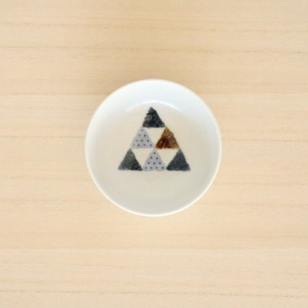 砥部焼・イロリ工房 − 豆皿 ピラミッド
