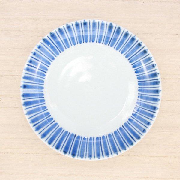 砥部焼・千山窯 − 6.5寸 深皿 線入十草