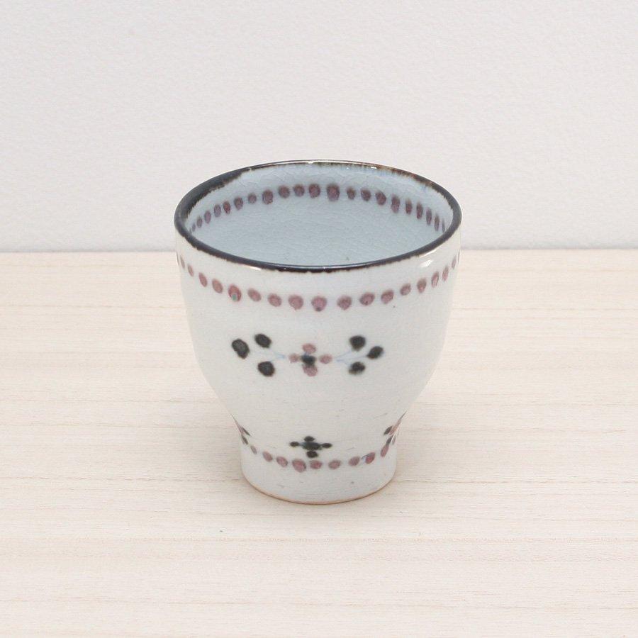 砥部焼・陶彩窯 − 染付小花文 湯呑 赤