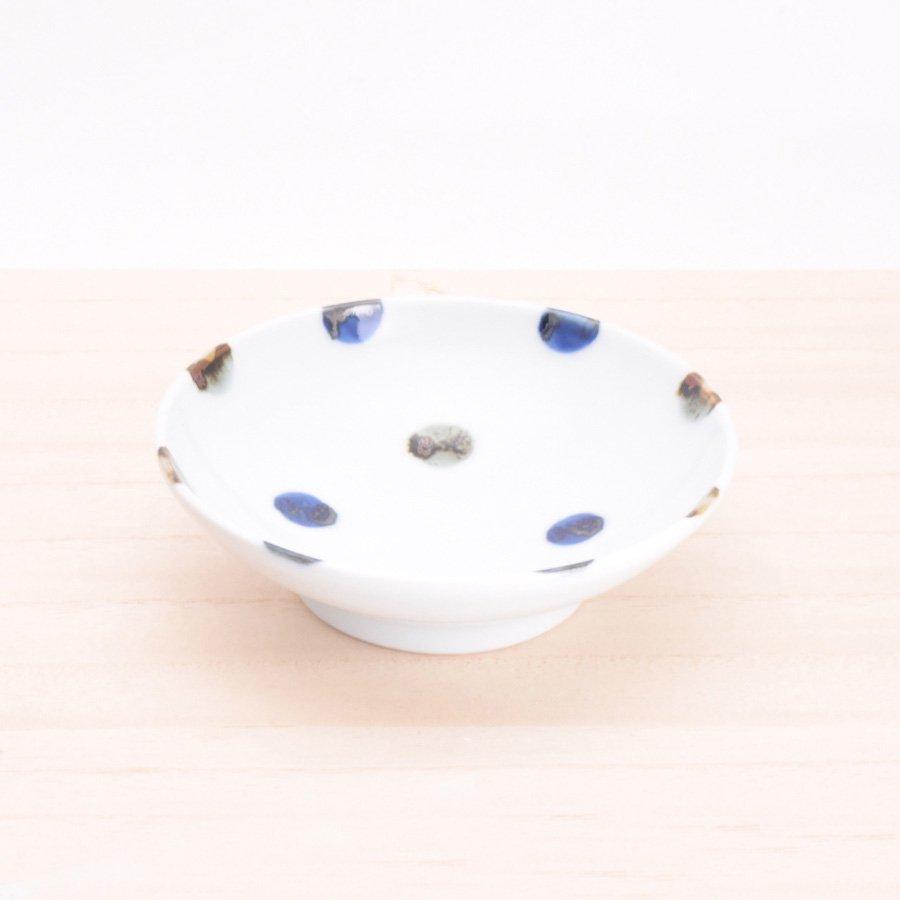 砥部焼・五松園窯 − 4寸浅鉢 鉄水玉