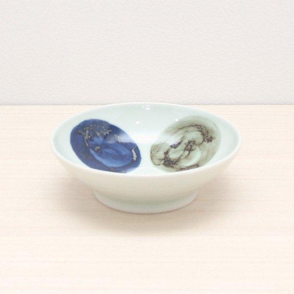 砥部焼・五松園窯 − 4寸浅鉢 大鉄玉