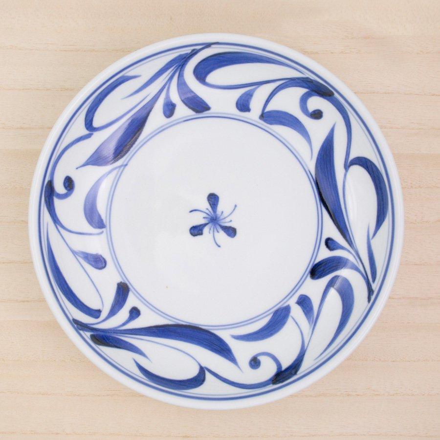 砥部焼・千山窯 − 7.5寸深皿 唐草