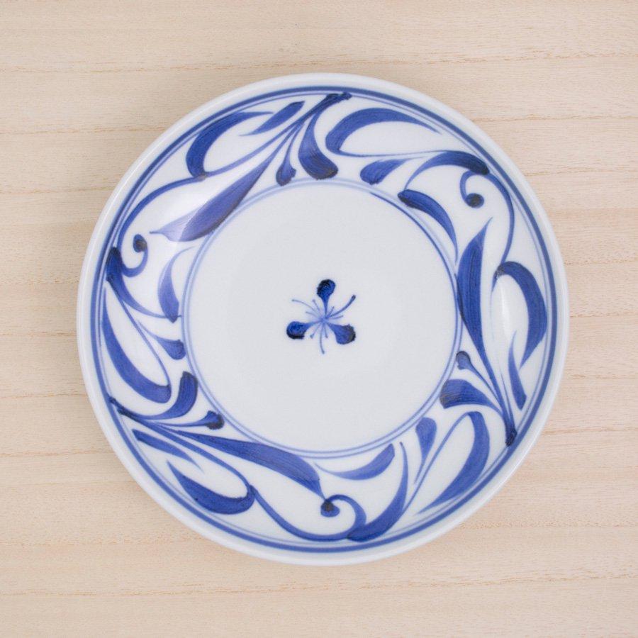 砥部焼・千山窯 − 6.5寸深皿 唐草
