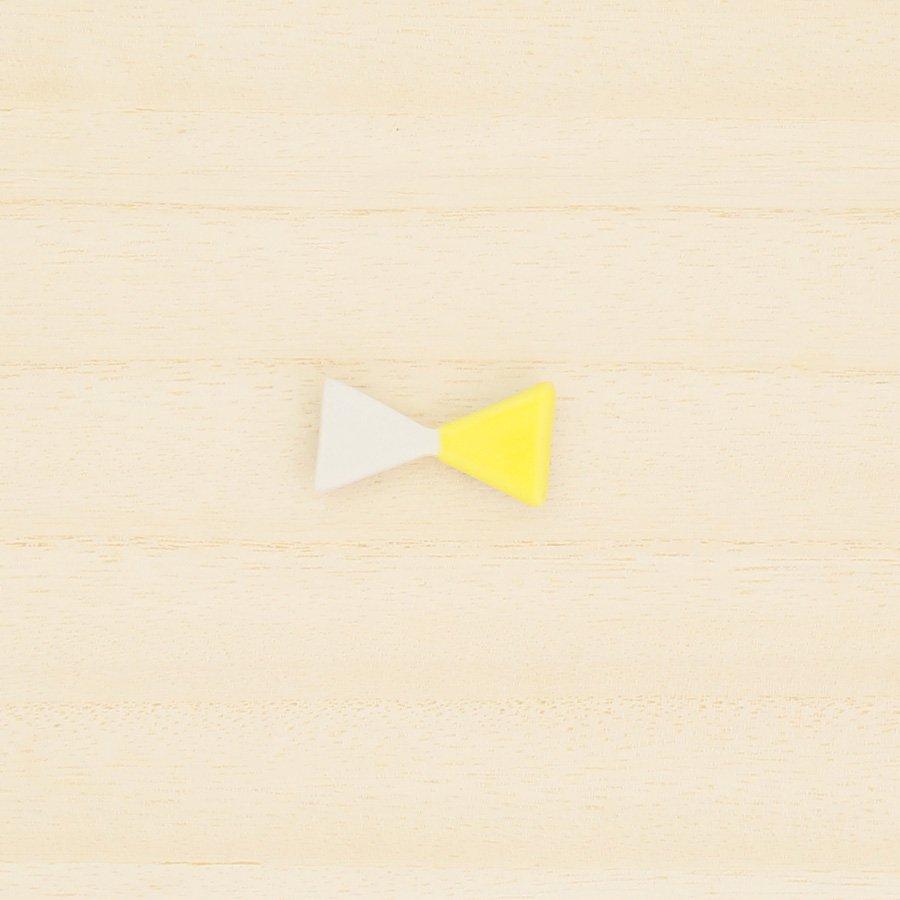 砥部焼・泰山窯 − リボンブローチ 小・黄色