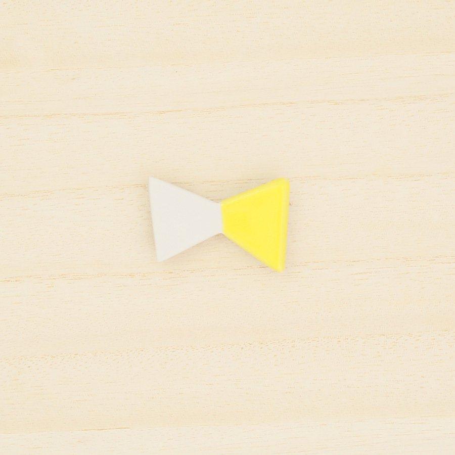 砥部焼・泰山窯 − リボンブローチ 大・黄色