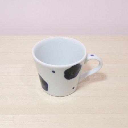 砥部焼・雲石窯 − コーヒーカップ 梅文
