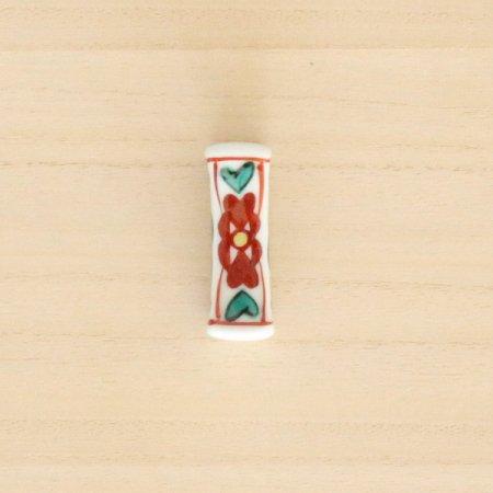 砥部焼・梅山窯 − 枕型箸置き 赤花