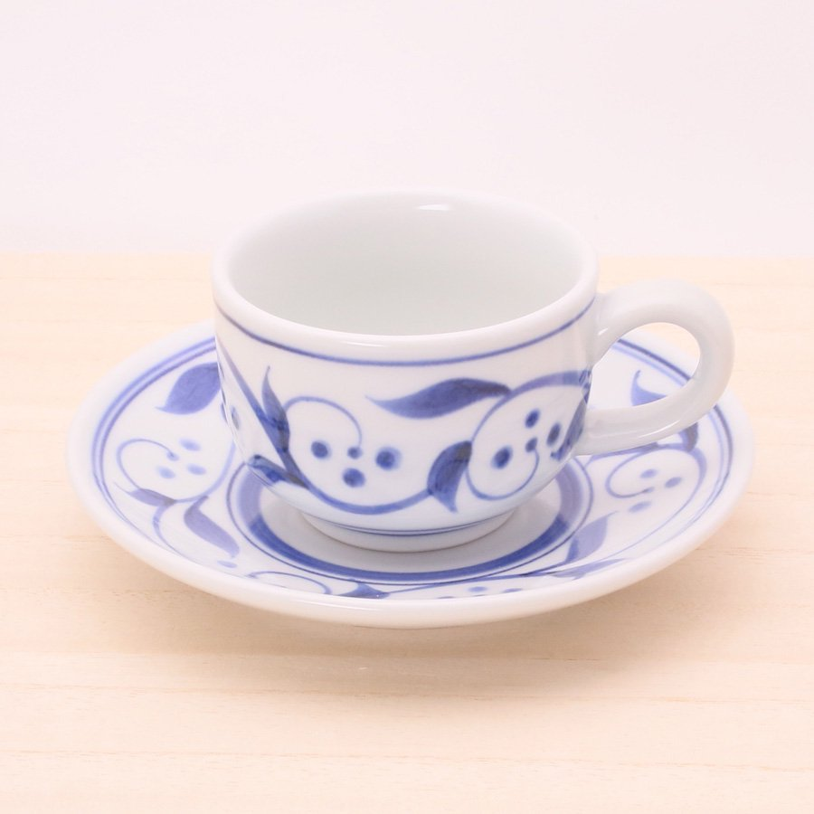 砥部焼・千山窯 − 丸コーヒーカップ 三ツ紋唐草 [ロッシェセット]