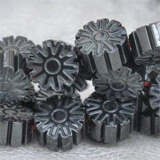 ヘマタイトフラワー約6.5-6.5-3.5mm