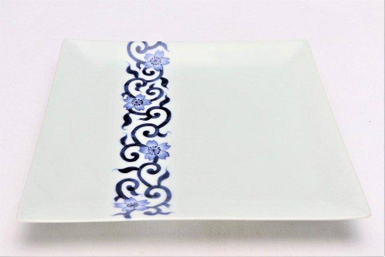 そうた窯 染付桜唐草 7.5寸正角皿 画像メイン