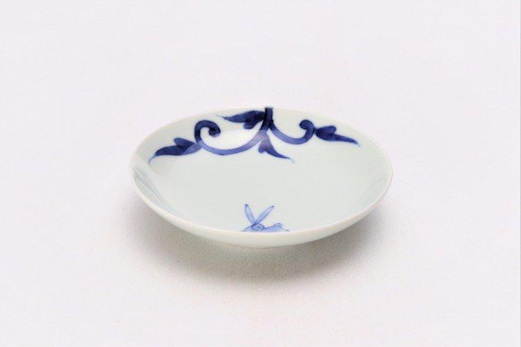 そうた窯 染付兎唐草 3.5寸多用皿 画像メイン