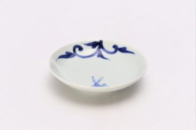 染付兎唐草 3.5寸多用皿