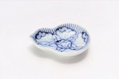 そうた窯 染付花弁紋 瓢型姫小皿