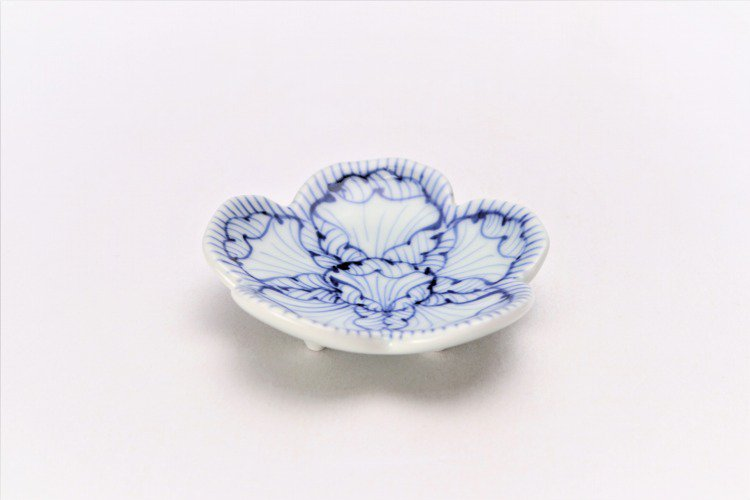 染付花弁紋 花型箸置 画像メイン