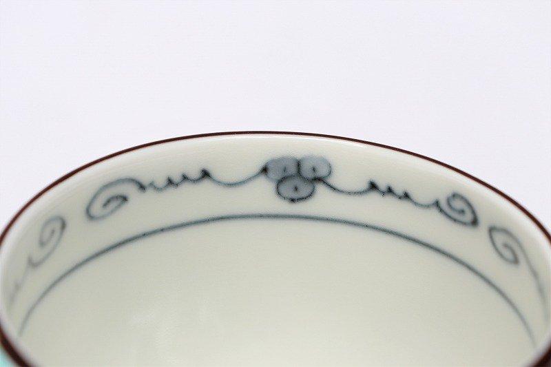 福泉窯 染錦ぶどう総柄(緑) 三ツ足コーヒーC/S 画像サブ5
