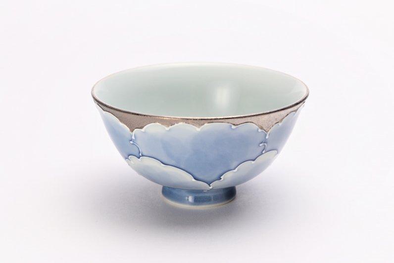 楽々シリーズ プラチナ牡丹 茶碗(中) (化粧箱入り) 画像メイン