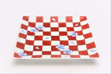 そうた窯 染錦赤市松桜 6寸正角皿