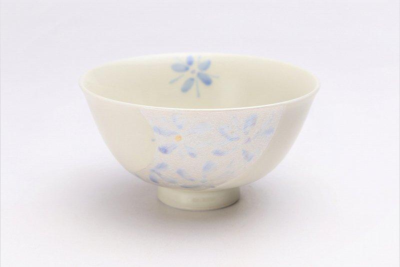 楽々シリーズ ラスター花絵(ブルー) 茶碗 (化粧箱入り) 画像メイン
