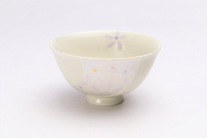 楽々シリーズ ラスター花絵(ピンク) 茶碗 (化粧箱入り) 画像メイン