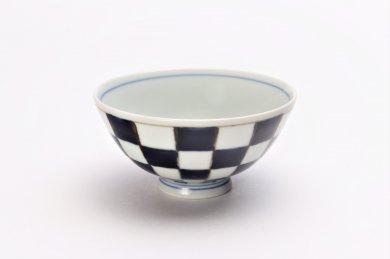 楽々シリーズ 染付市松 ミニ茶碗 (化粧箱入り)